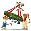 Schweizer Mice Carrying Advent Wreath