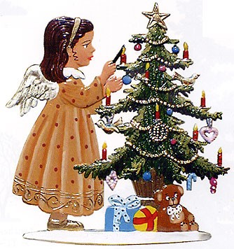 Schweizer Angel Decorating Tree